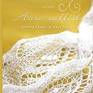 Framsidan av boken Aasa Sallid, med en vacker estnisk spetsjal